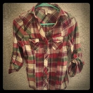 Maroon, white, and grey plaid flannel!